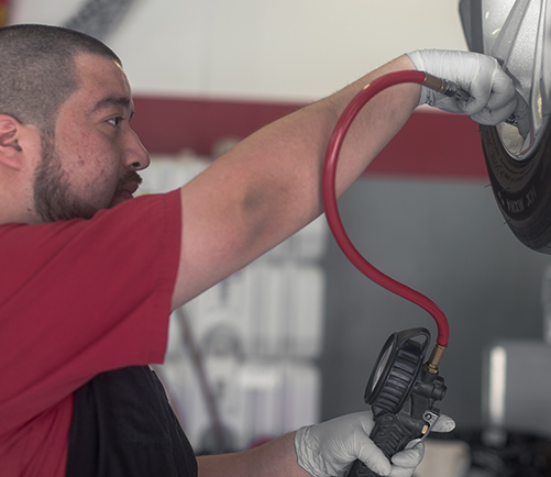 Tire Shop in Jenison: Certified Tire Repair Services | Auto-Lab - content-tire-filling